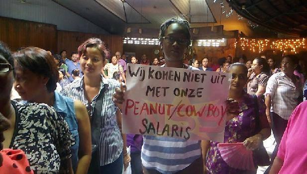 protest Suriname