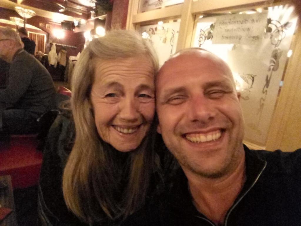Mijn moeder en ik - FamilieNieuws.com
