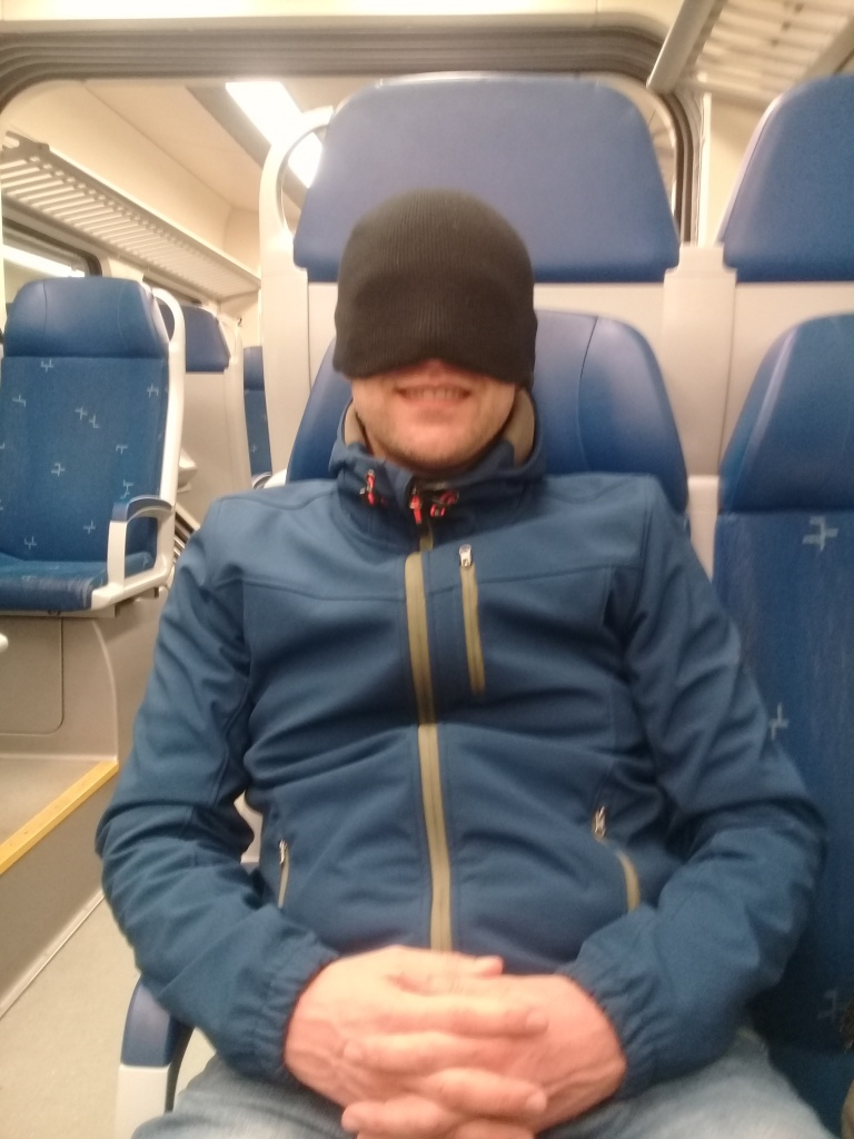 Batman Mister Black in de trein - FamilieNieuws.com
