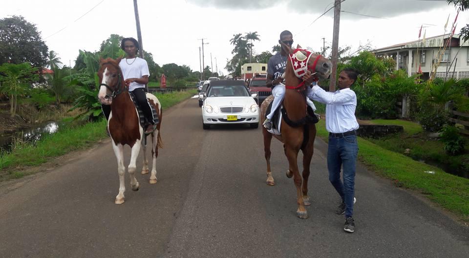 20-jarige zoon Ricky Sookram overleden Suriname FamilieNieuws
