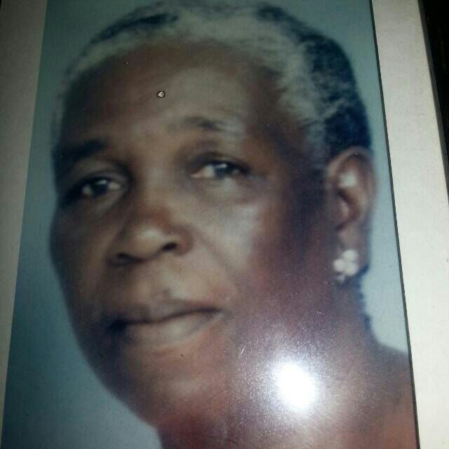 Overleden - Amalia Mijnals Suriname FamilieNieuws