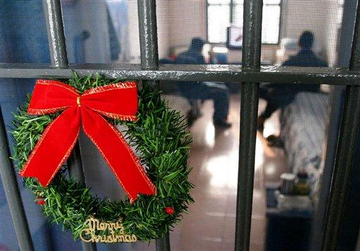 kerst gevangenis Suriname geld dief FamilieNieuws
