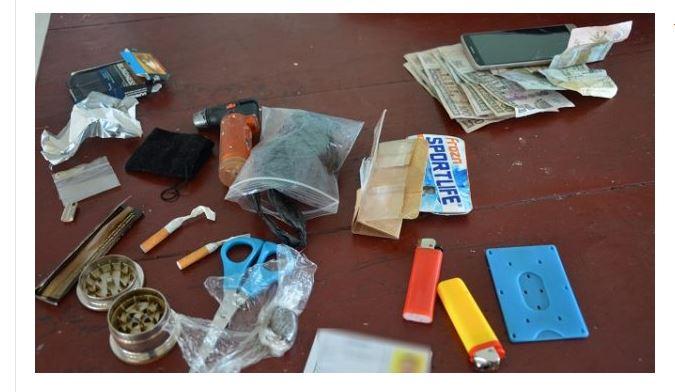 politie studenten drugs FamilieNieuws Suriname scholen