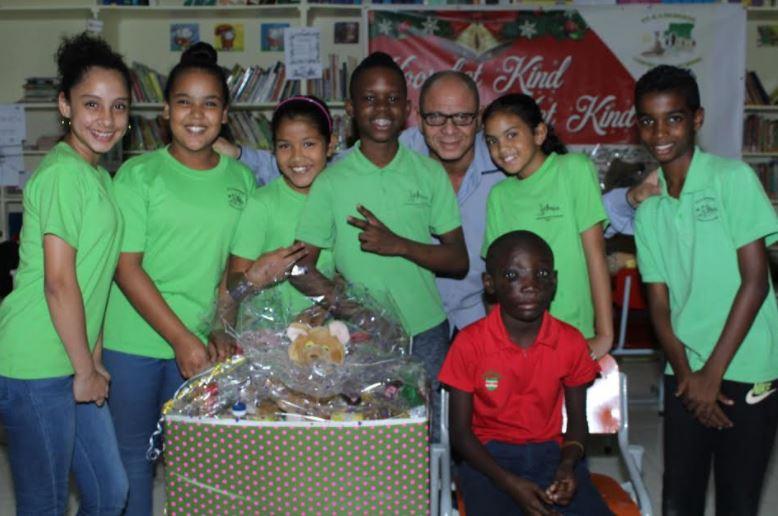 1 voor 12 FamilieNieuws Suriname Paramaribo