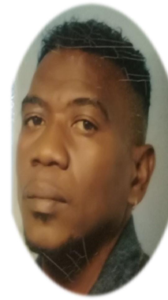 Familienieuws Suriname Nederland Overleden - Carlo Simson