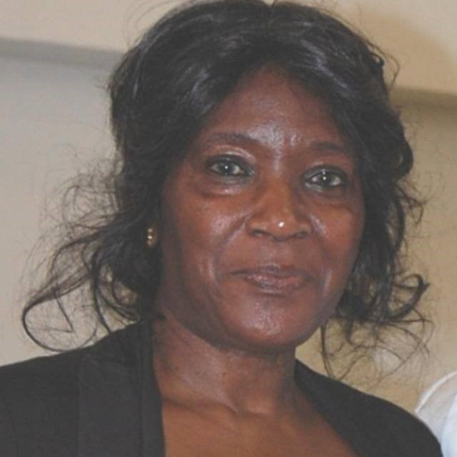 FamilieNieuws Suriname Nederland Overleden - Roline Esajas