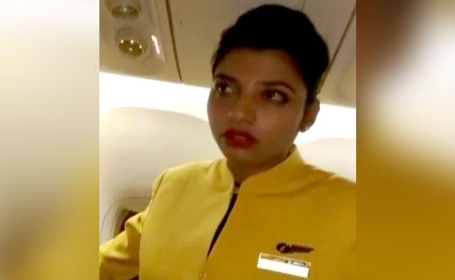 stewardess half miljoen buitenland FamilieNieuws