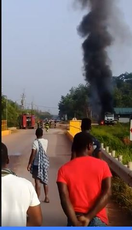 brand FamilieNieuws Suriname tankwagen