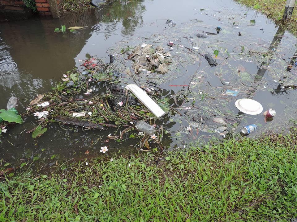 regen Paramaribo