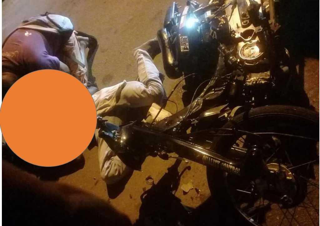 Video - Dodelijk ongeval. 28-jarige bromfietser komt om het leven ~ Suriname