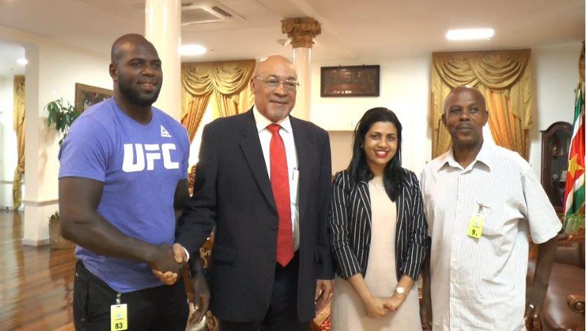 bigi boi Bouterse Suriname