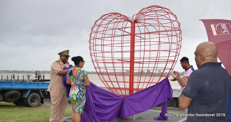 liefde Paramaribo