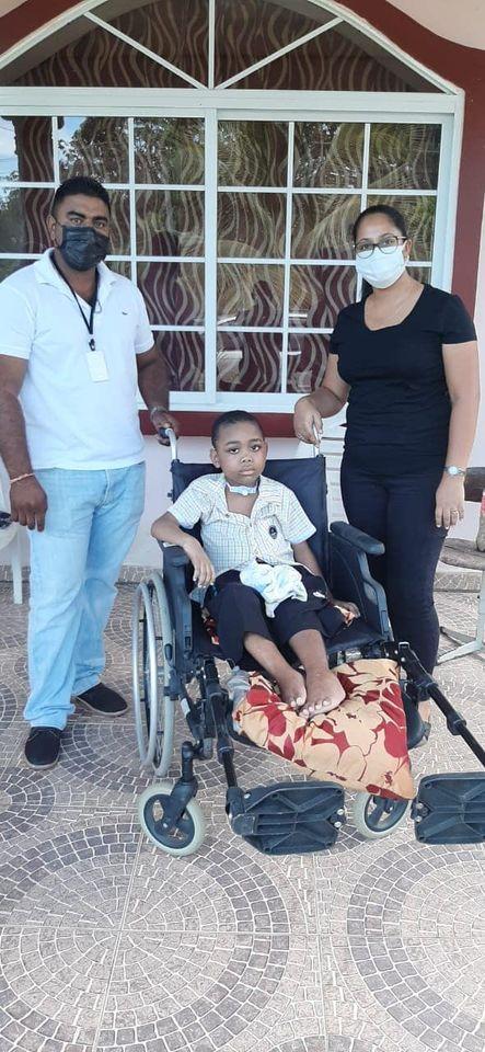 Jair Suriname rolstoel