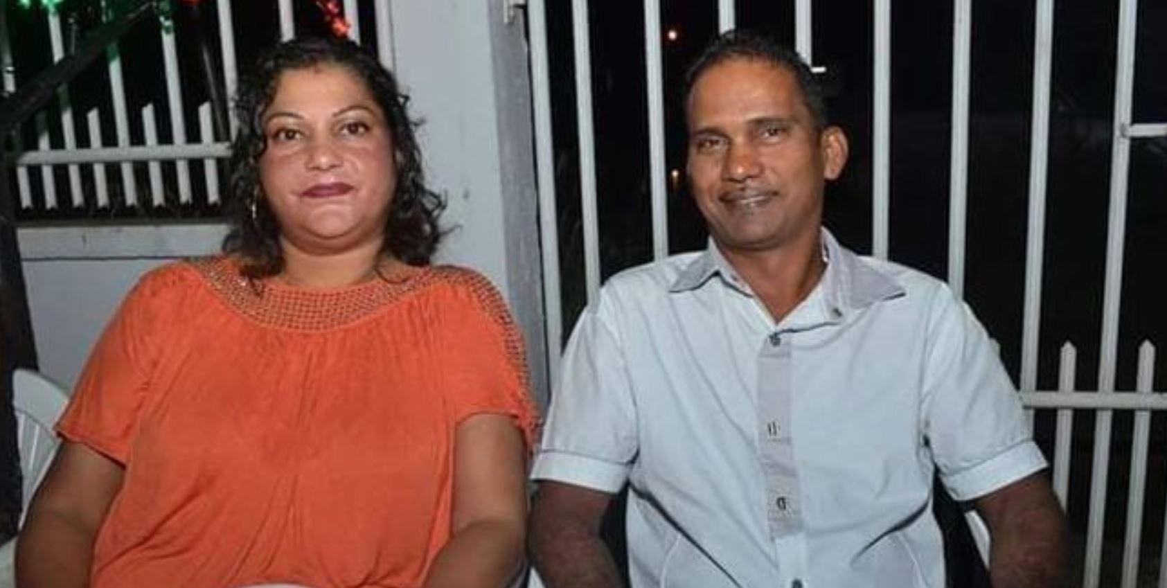 Mama en papa Ganpat – Doerbalie zijn vandaag 25 jaar getrouwd in Suriname
