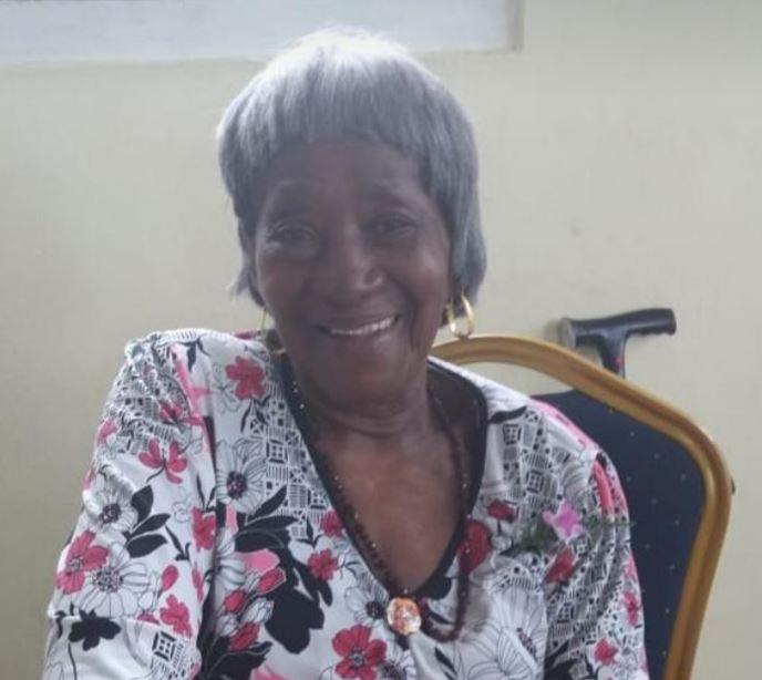 Vandaag is oma Bea Cederburg uit Paramaribo jarig – foto's