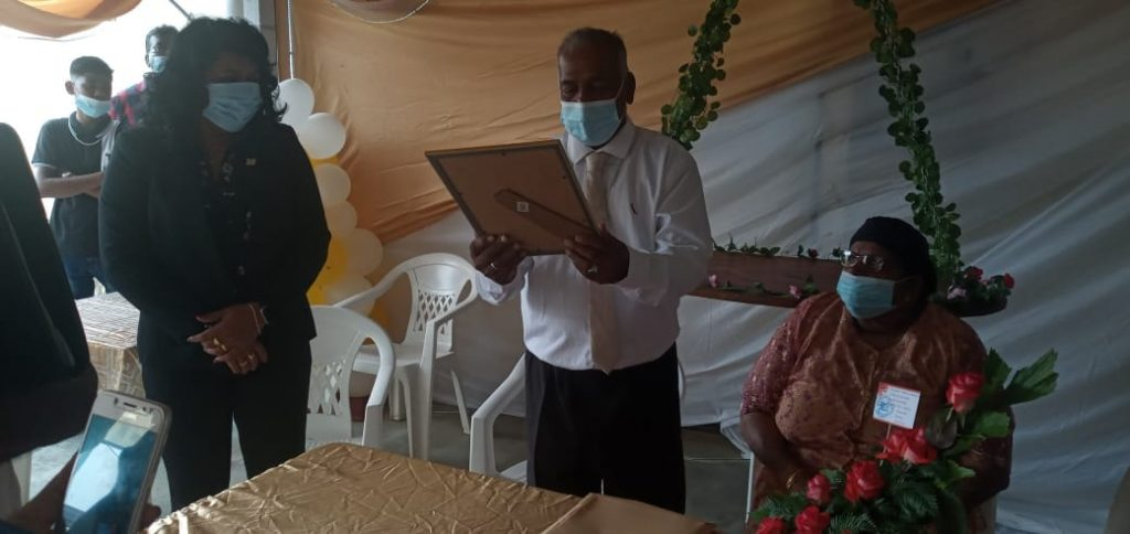 Rodjan – Abdoella getrouwd Suriname