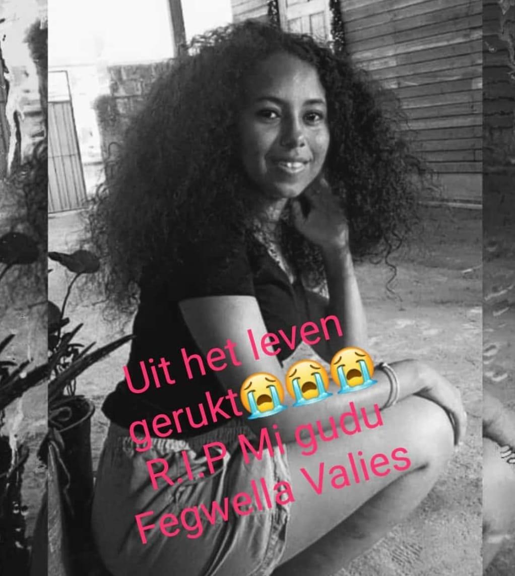 Fegwella Valies Paramaribo