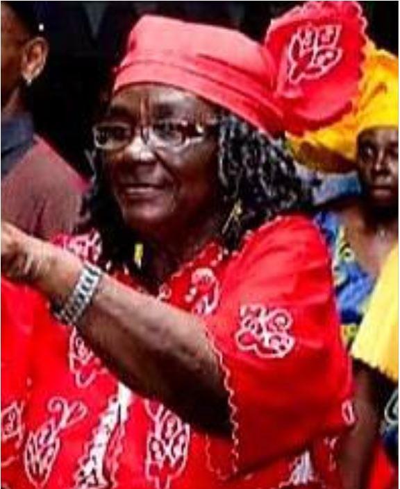 mama Held Suriname