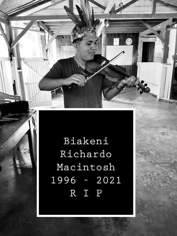 Richardo Macintosh Washabo Suriname