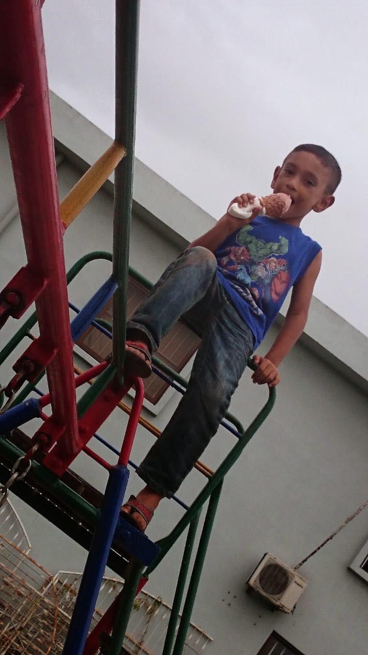 Shaïr Ramdin zoon Suriname