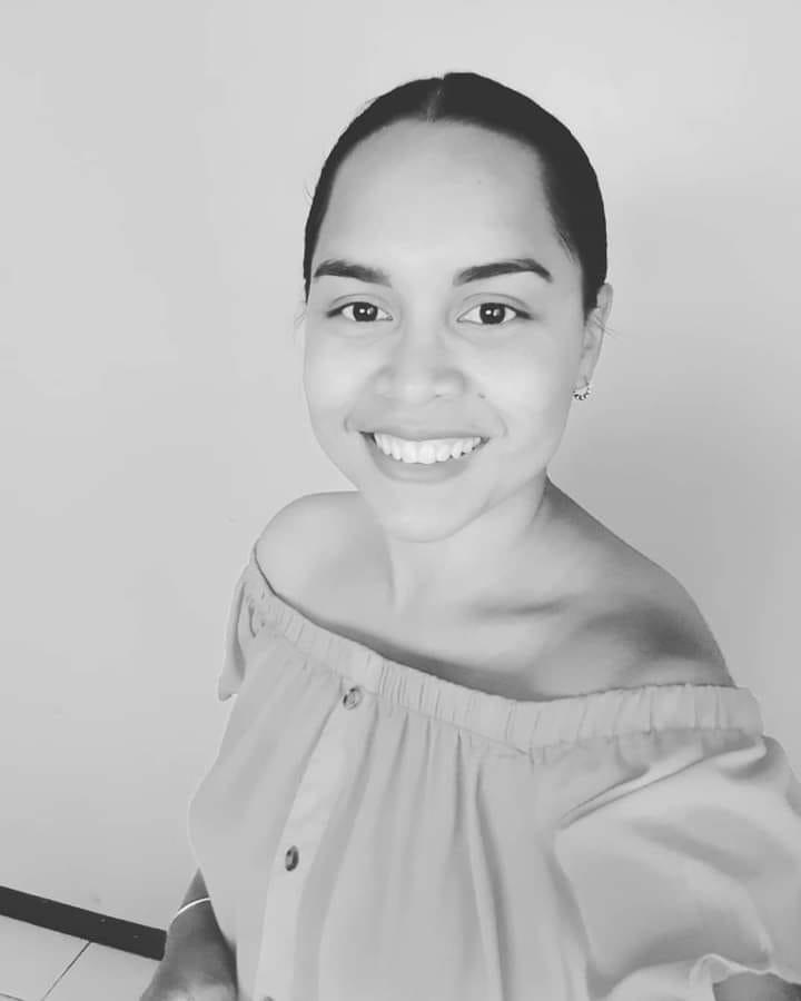 trisheena de freitas - hirosemito Paramaribo