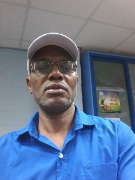 Roy Rijkaard ATV televisie Suriname Paramaribo