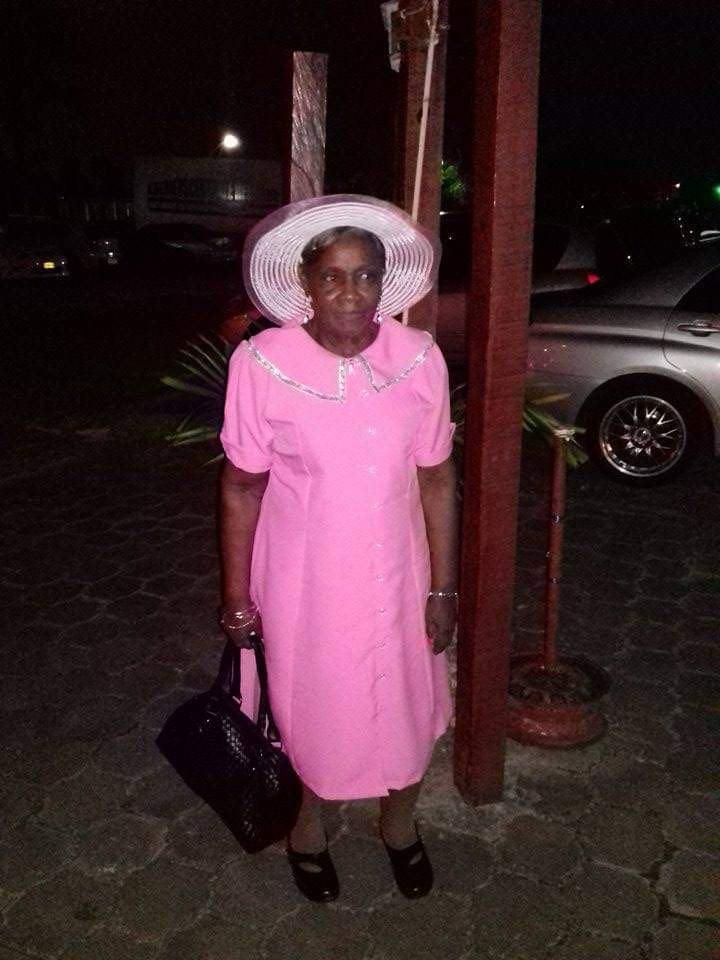 Ernestine Beverdijk - Epril uit Suriname moeder